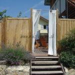 escalier en ipé massif avec lames visserie invisible rideau claustrat bambou
