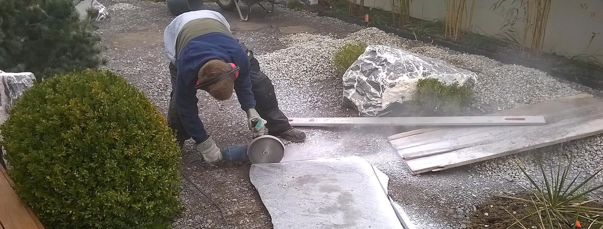 découpe dalles granit passe-pied japonais